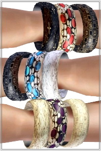 3 bangles bracelet with freeform gemstones. 4 recolorable areas, 3 color variations, custom thumbnails, new custom mesh by Lorandia Sims 3