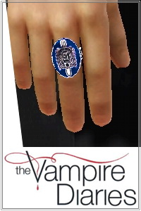 Sun protection ring for vampires, used by Damon and Stefan Salvatore in Vampire Diaries series. 2 recolorable areas, custom cas and launcher thumbnails.